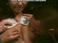 Pickup girl agrees to hav...