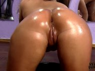 CURVY GIRLFRIEND GETS FUC...