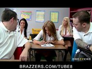 BIG TIT BLONDE SCHOOL GIR...