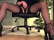 Leggy secretary under des...