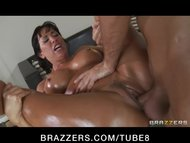 Bigtit brunette MILF Porn...