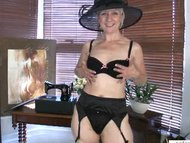 Mature mom shares first n...