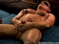 CBT hung muscle dude's ba...