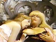 retro lesbians convulse from orgasm