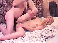 Horny amateur GFs takes w...