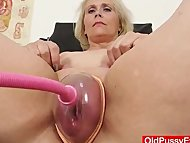 Blondhaired chubby milf e...