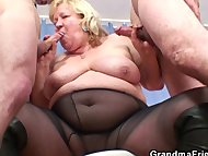 Big grandma pleases two c...