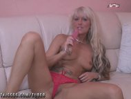Blonde milf best dildo so...