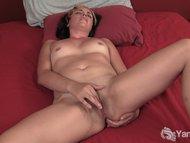 Milf natalya rubbing her …