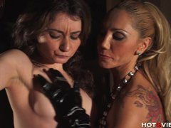Latex Blonde Brunette video: She Slaps the Squirt Out of Her