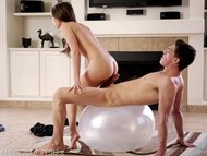 Petite yoga cutie gets th...