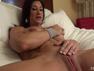 Hot Italian Plays with He...