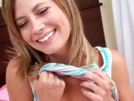Teen wants to give head t...