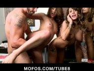 MOFOS LIVE SEX SHOW 5 PO...