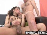 Curvy shemale Morena Del ...