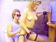 Nude girl public toilet g...