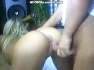 Sexy blond pleases huge c...