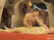 Sensual Oily Massage