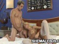 Blonde shemale Dany De Ca...