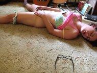 Sexy Rosie Toying Her Hai...