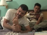 Enrique's Feet - Mike and...