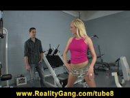Flexible Petite blonde Te...