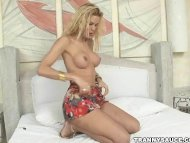 tasty blonde shemale stri...